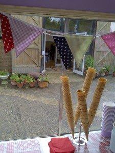 Monkton Barn Gallery, marlow ice cream wedding