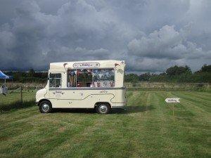 Gerrards Cross ice cream wedding